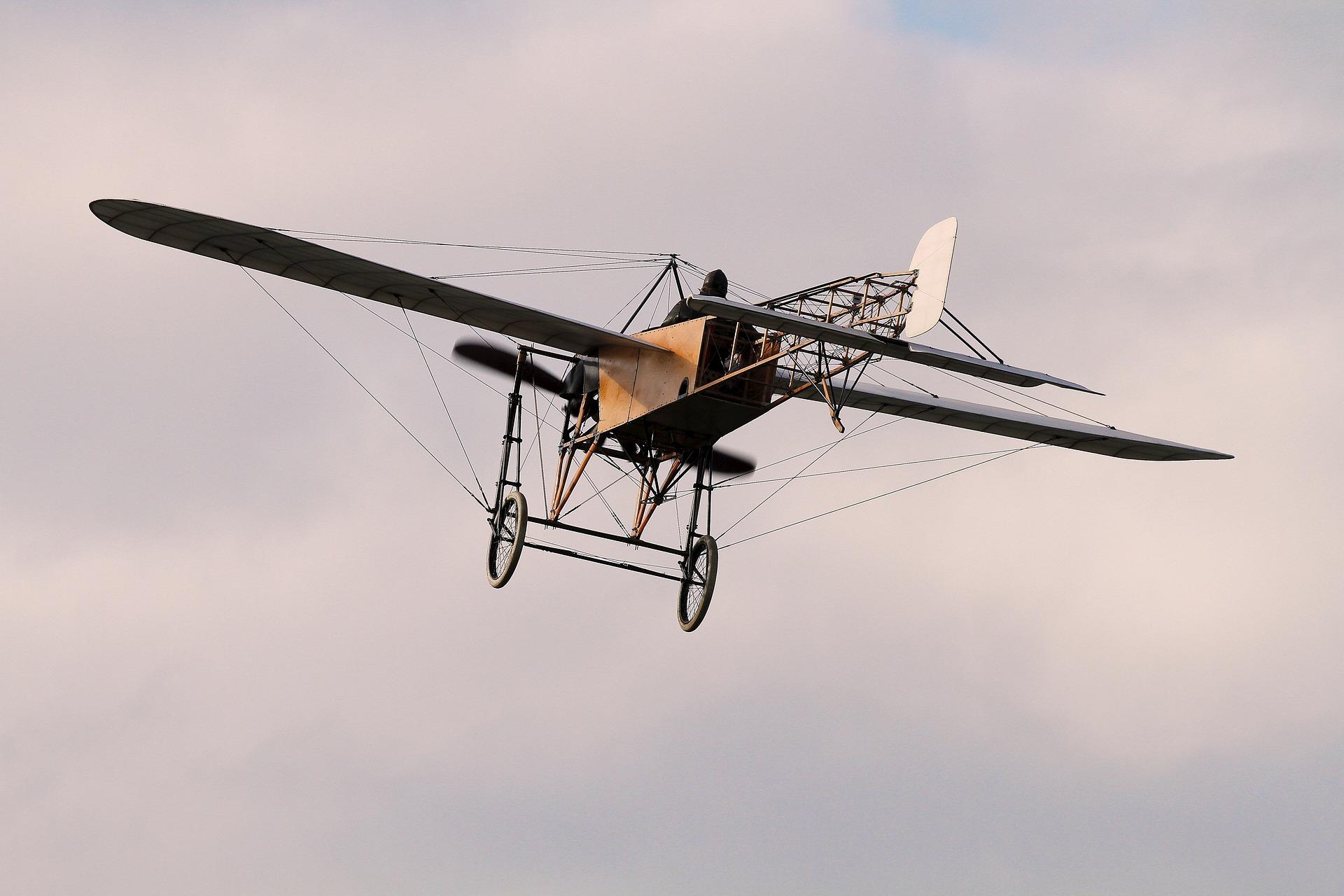 aviation-1686720_1920